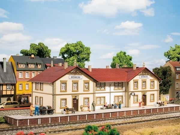 5b83aea34f45a_BahnhofGrnberg(2).jpg.6de301d0d1e5928fc567564aff8ca833.jpg