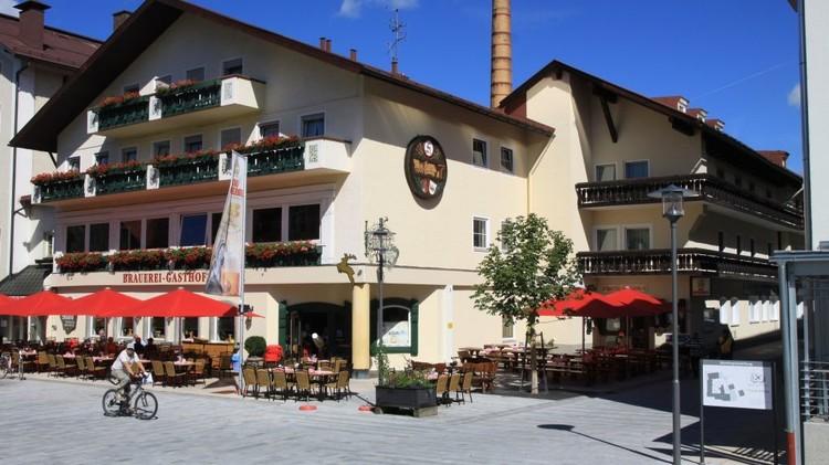 Hirsch_Brauerei-Gasthof-Sonthofen-Aussenansicht-88447.thumb.jpg.6b10c428d3ebf6516dc920e1f0fc87e8.jpg