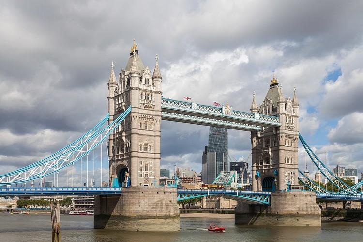 1418514337_1280px-Puente_de_la_Torre_Londres_Inglaterra_2014-08-11_DD_092.thumb.JPG.8c0572f9b374c41c02b24e3d72665a42.JPG