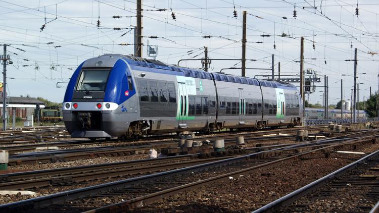 X76565-566-ancien_pelliculage_des_1er_x76500.jpg
